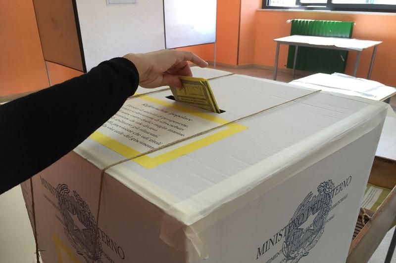 Foto del votazioni_d4.jpg